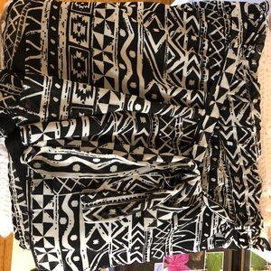 Tie waist, high waist, Aztec shorts